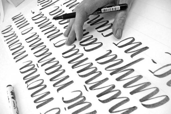Silvia-Cordero-Vega-Calligraphy-enseñanza-calibrush_byn-2016-